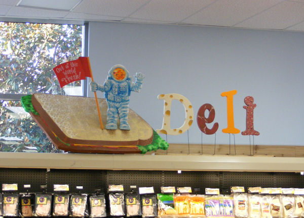 Signs_DISP_traderjoes_a02