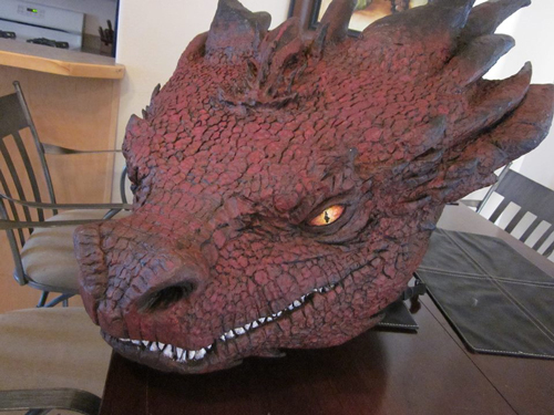 Cosplay dragon head