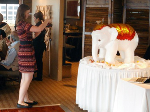 Wedding elephant sculpture