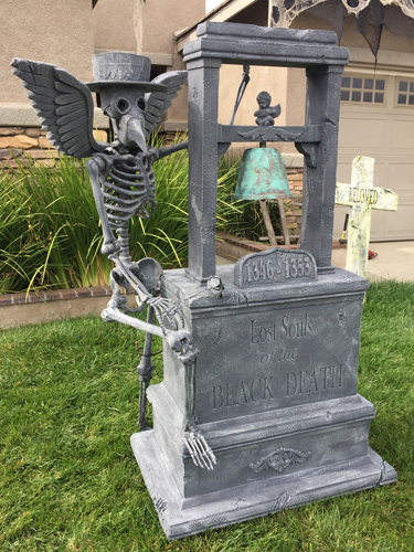 Black Death Halloween Tombstone